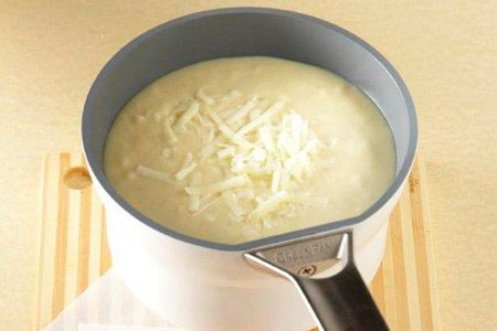Πατατόσουπα με πράσα και κεφαλοτύρι ηπειρώτικο - Συνταγές | γαστρονόμος