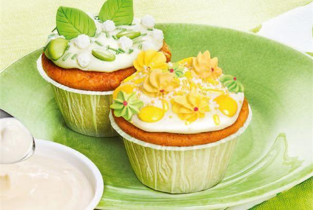 Cupcaket ✦ Cupcaket eli suomalaisittain kuppikakut sopivat tarjottavaksi lasten synttäreillä ja kahvipöydässä. Koristelussa vain mielikuvitus on rajana. http://www.valio.fi/reseptit/cupcaket-1/