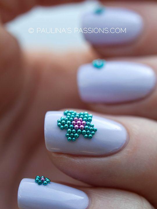 Caviar Flowers Nails