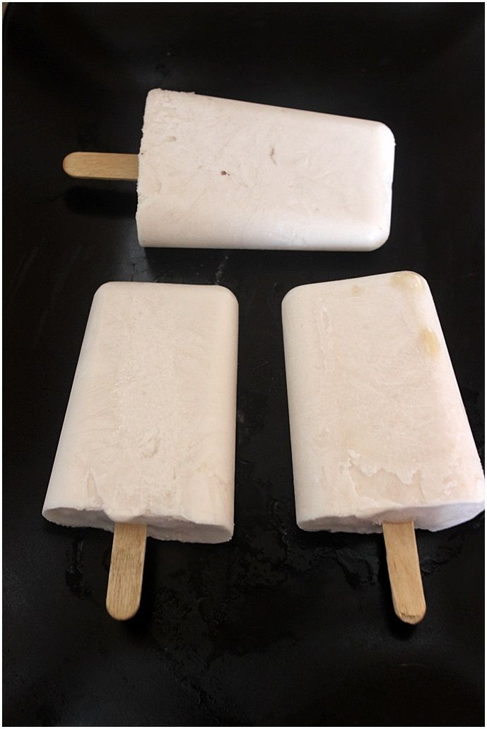 These ice pops were made of coconut milk,vanilla and applejuice