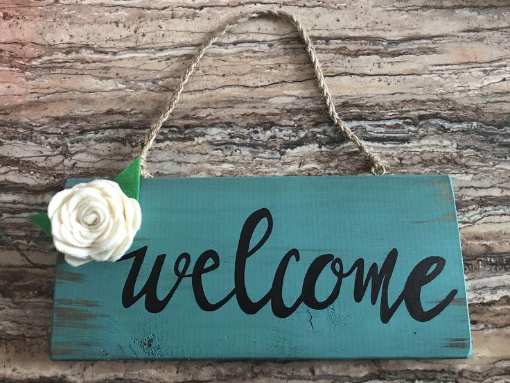 Wood signs, welcome, rustic, felt flowers
