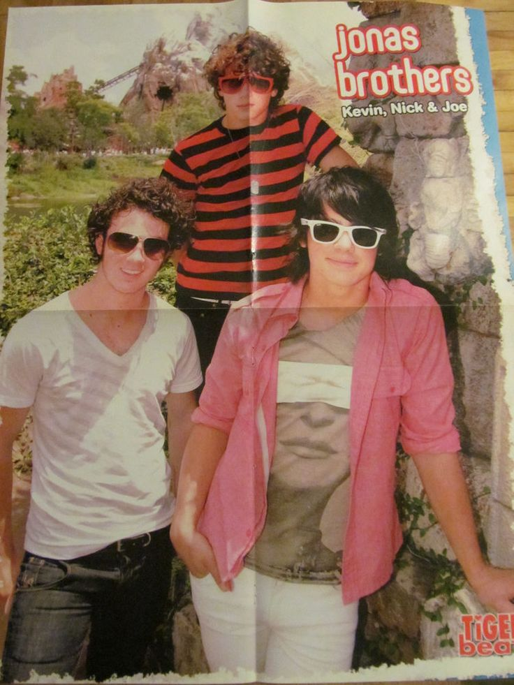 The Jonas Brothers. Miley Cyrus. Double Four Page Foldout Poster   Jonas brothers. Jonas. Miley cyrus