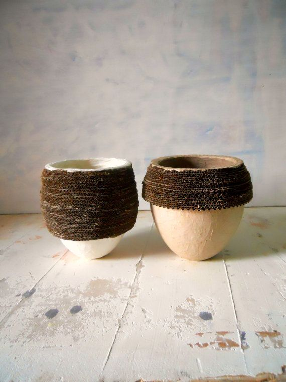 OVI  papervase  handmade  homedecor  ecodesign  di Coccidicarta