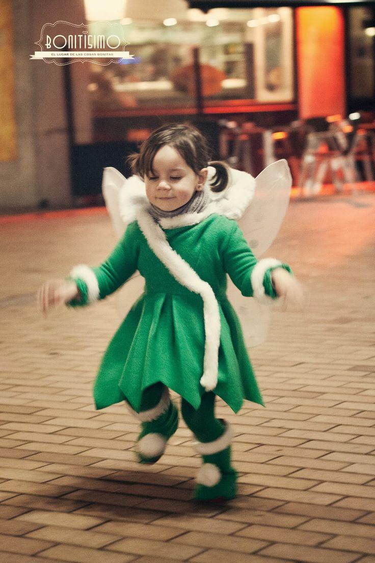 Para los que aún no sepáis de que disfrazar a vuestras hijas este año, aquí va otra idea: el disfraz de campanilla que le hice a mi hija el ...