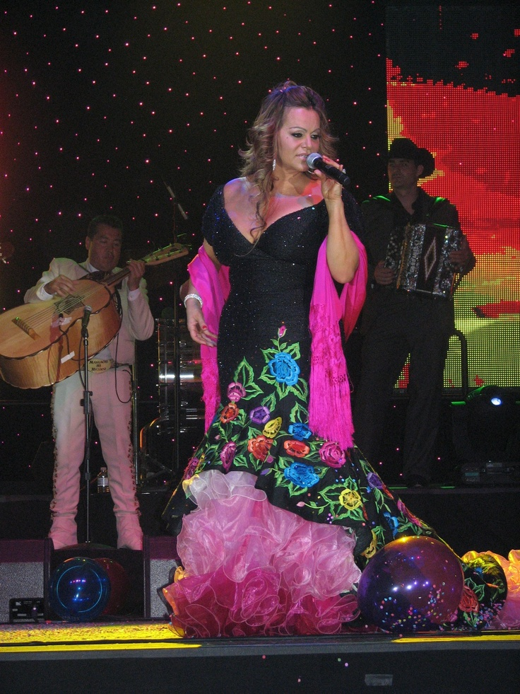 RIP Jenni Rivera  Photo taken by one of Jenni's faithful soldiers... Thank You Marie for sharing this picture with me and being there with us. 7/2/11