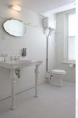 white on white <3 #bathrooms