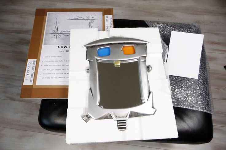 TINMAN Mirror is now ready to be boxed up, here he is with his box, information / instructions, bubble wrap and the address.