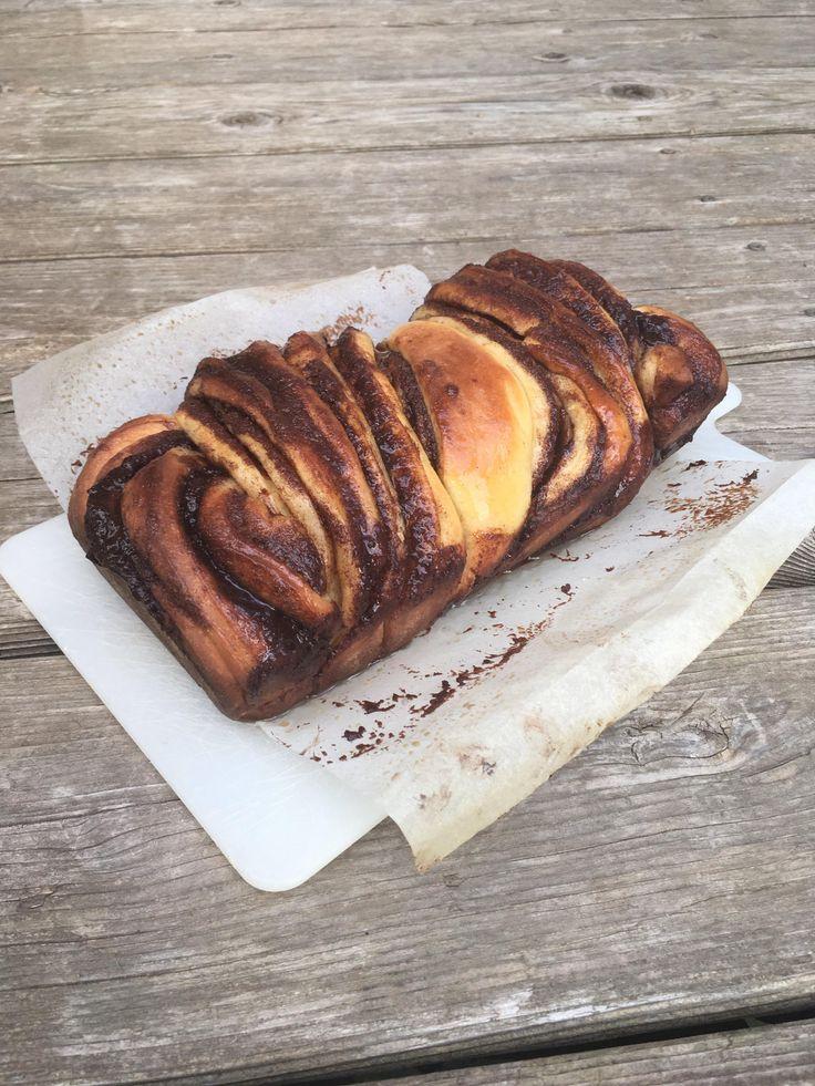 [Homemade] I made the cinnamon babka from Binging With Babish's Seinfeld episode. Tastes freakin' amazing!