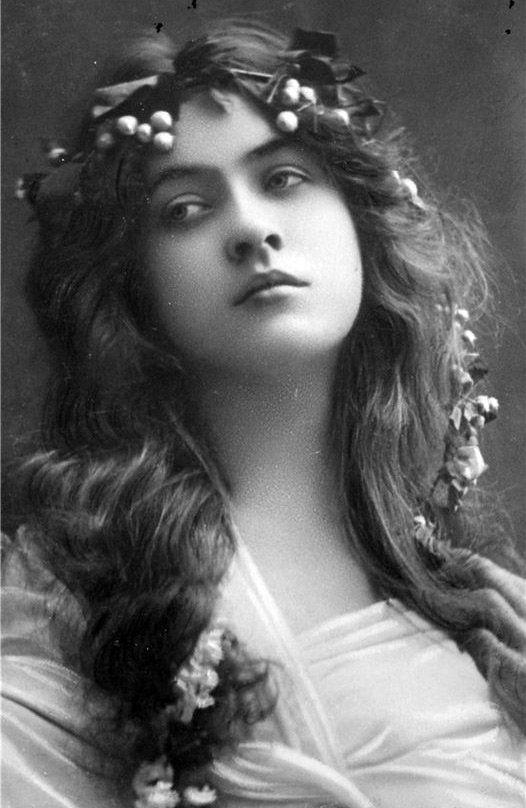Винтажные фотографии красивых девушек конца XIX века | СПЛЕТНИК