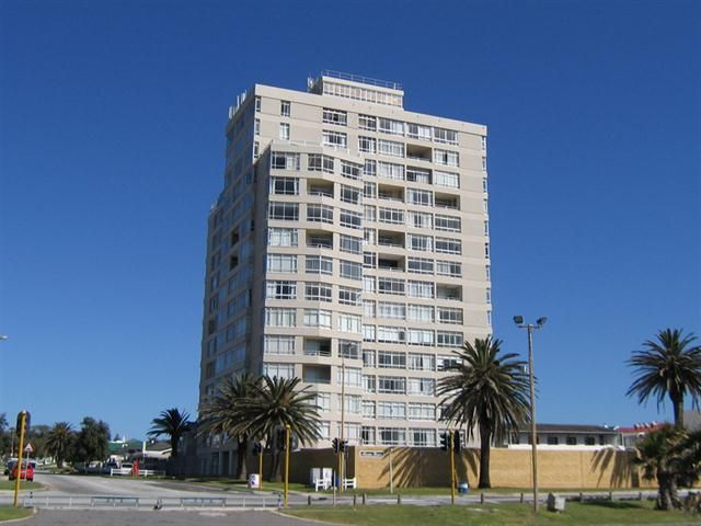 1 Bedroom Apartment in Summerstrand  http://www.sothebysrealty.co.za/property-details/42255