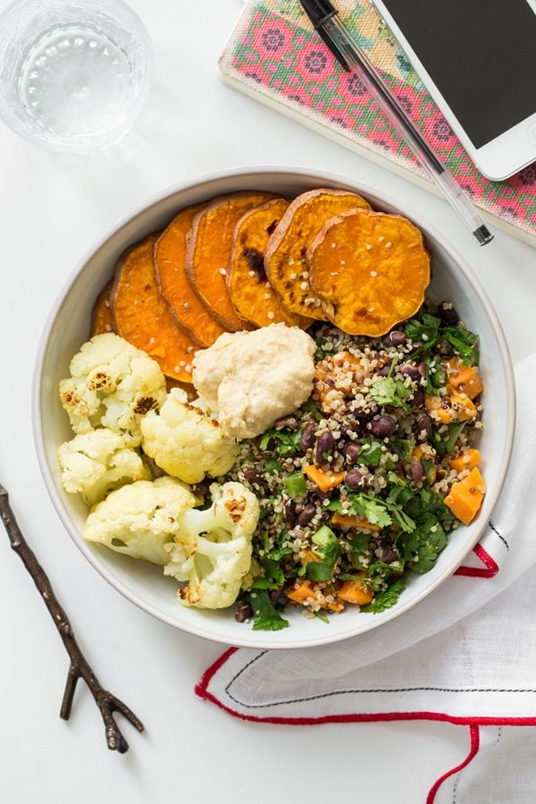 Boost your mood with this Feel Good Lunch Bowl! Vegan + gluten-free.