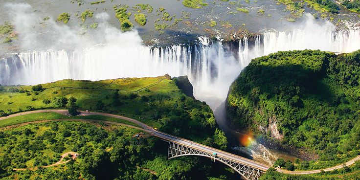 South Africa & Victoria Falls - https://traveloni.com/vacation-deals/south-africa-victoria-falls/ #africavacation #adventuretravel #southafrica #victoriafalls