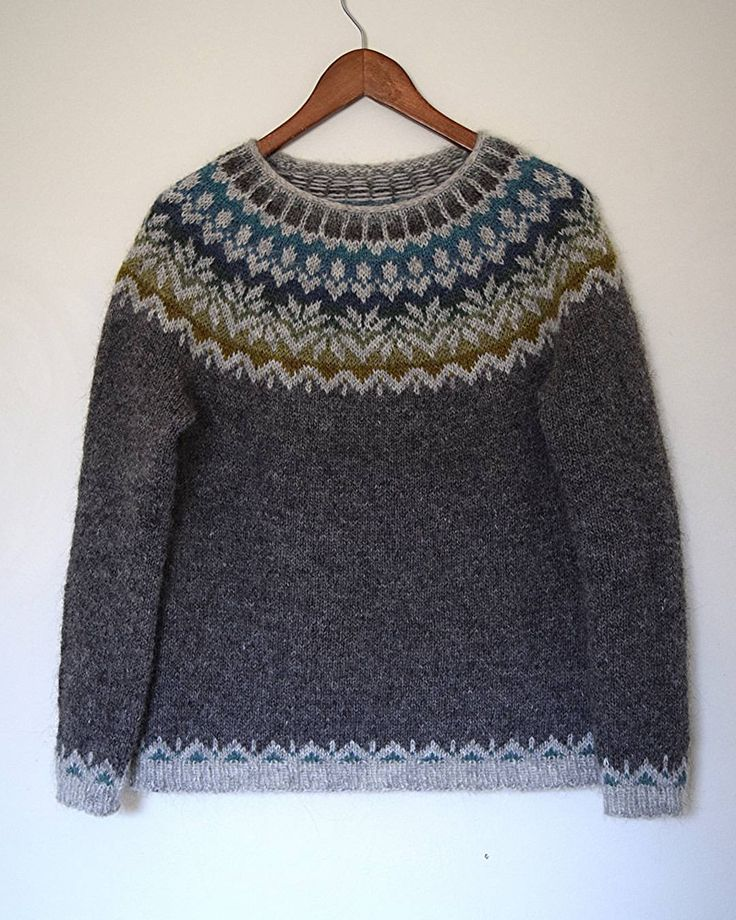 """1,007 likerklikk, 40 kommentarer – Jenn (@knit.love.wool) på Instagram: """"And a full on shot. Grey is probably my favorite color of yarn to work with. If I had to choose…"""""""