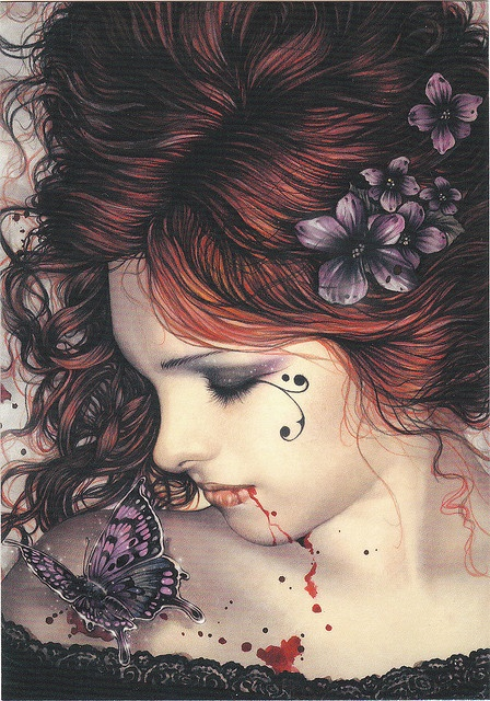 Victoria Francés: Hasta entonces, no encontrarán mis damas el camino hacia el bosque, pues siempre permanecieron aletargadas entre los muros de mil fortalezas y mansiones oscuras, atormentadas por bestias grotescas en las mazmorras de mis sueños. Mas siempre quedarán oníricos retazos de su existencia mustia, y sus escenarios continuarán sumiéndose en las nieblas, allí donde el Sol se pierde por siempre y las ruinas del cariño siguen en pie bajo el violento lagrimeo de lluvias y tempestades.