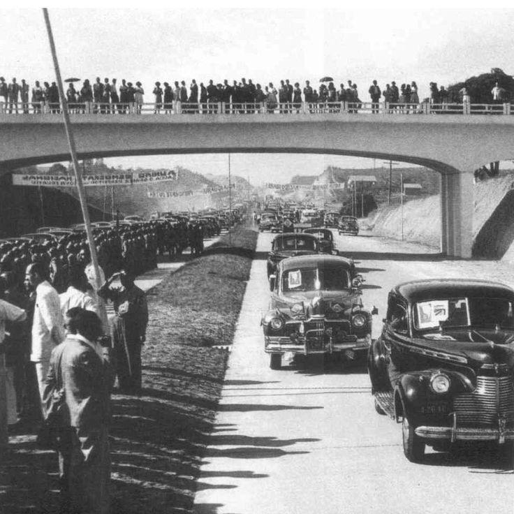 A Inauguração da Rodovia Presidente Dutra, então BR-2, em 19/jan/1951