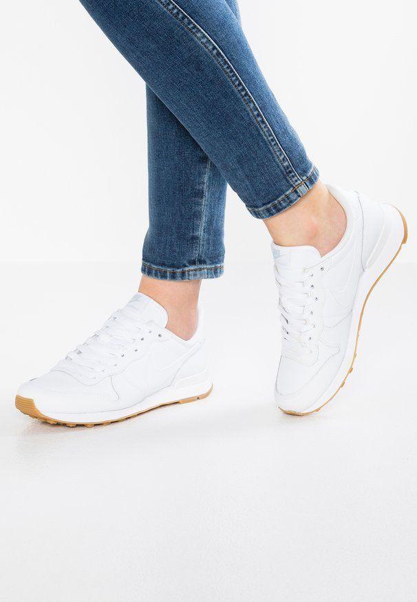 Ropa y calzado deportivo blancos de mujer en oferta en Zalando