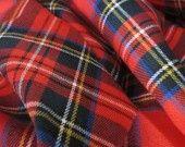 Tissu tartan rouge en lainage fin, par 10 cm : Tissus Habillement, Déco par tresors-de-melusine