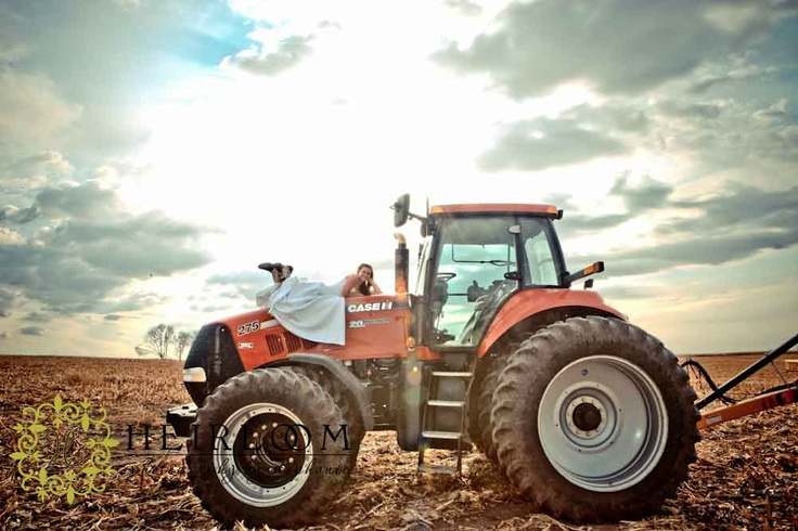 Bride on a case ih red tractor!