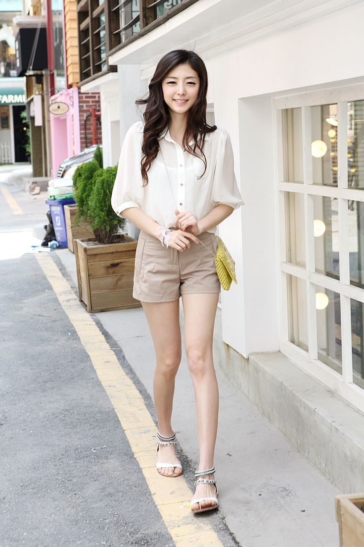 Asian style short pants