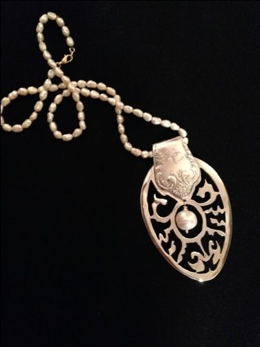 collar cuchara de plata antigua - dedalmases.com