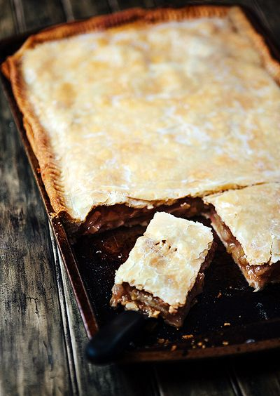 Some the Wiser: Apple Slab Pie: Dessert for a Holiday Crowd