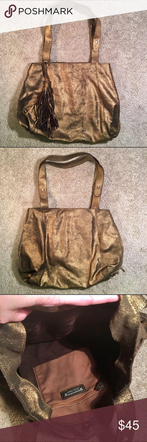 Banana Republic Metallic Bronze Leather Bag Tote Excellent condition. Banana Republic Bags Shoulder Bags