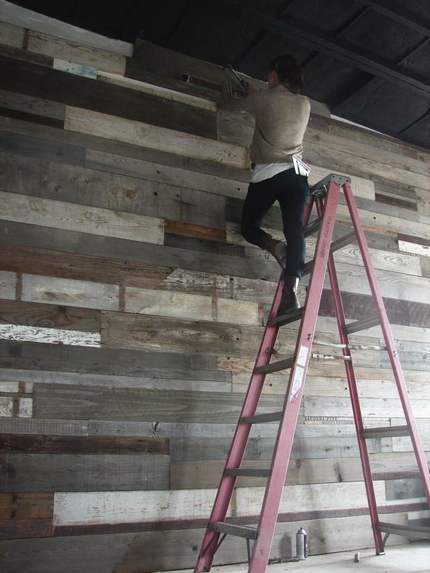 il vecchio: Idea, Decoration, Salvaged Wood, Planks Wall, Wooden Wall, Reclaimed Wood Walls, Girls Rooms, Reclaimed Woods Wall, Accent Wall
