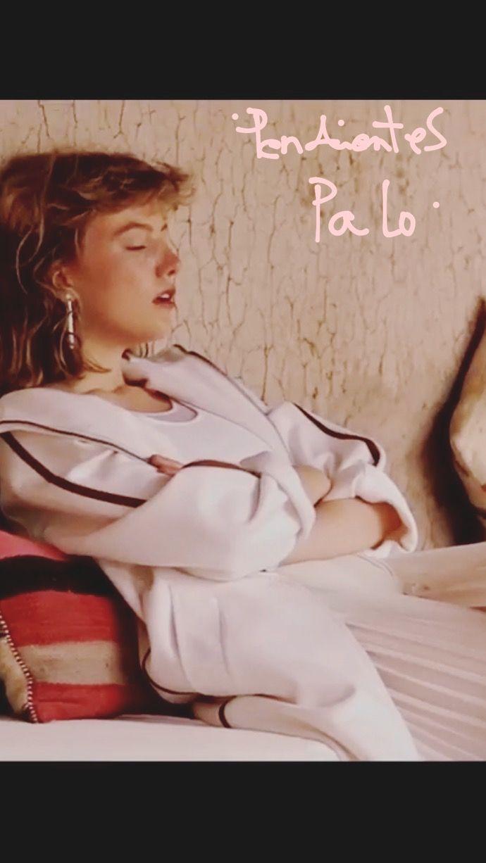 Bellísimo vídeo del reportaje de moda que se efectuó en Marrakech para del País Semanal donde aparecen mis pendientes 'Palo esmaltados en blanco' Gracias por elegirlos!✨ Estilismo: Carolina Bandía @carolinabadia  Fotografías: Sergi Pons @sergiponsoliveras  Ayudantes estilismo: Sandra Muñoz @sandra.mmanas y Paola Barrachina @paola_barrachina  Peluquería y maquillaje: Ricardo Calero @ricardocalerov  Magna Productions @magnaproductions  Modelo: Lou Schoof @louschoof El País Semanal…