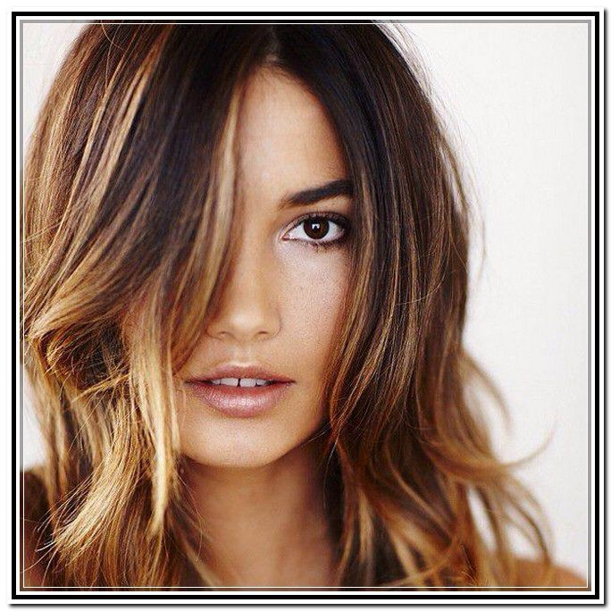 Image from http://www.miguellaranjeiro.com/wp-content/uploads/2014/04/brunette-hair-color-with-caramel-highlights.jpg.