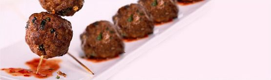 Thai Beef Meatballs make a great appetizer for your Super Bowl party #Superbowl #LoveCDNBeef #SB48
