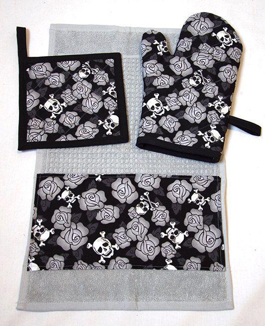 Skulls & Roses Grey Kitchen Set Oven Mitt Pot Holder Towel by Pornoromantic