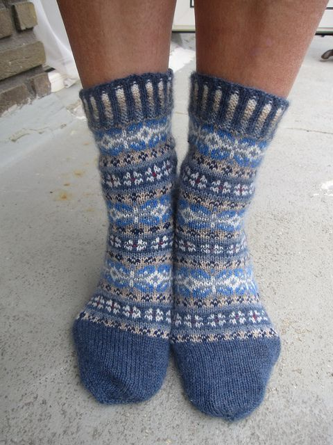 Ravelry: Project Gallery for Winter Mix pattern by Stephanie van der Linden