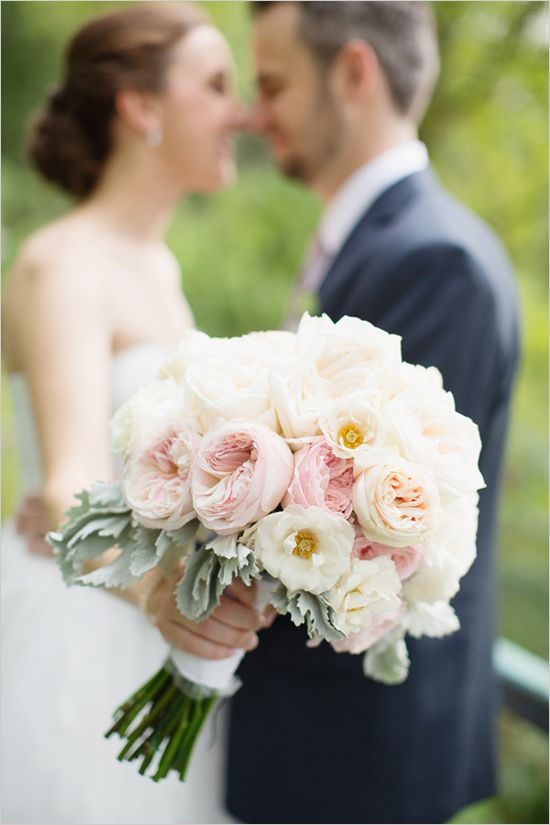 garden rose | wedding bouquet | peach and blush bouquet | mr and mrs | #weddingchicks