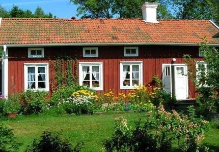 Lillåns Bed & Breakfast ligger i norra Örebro. Här bor du i eget hus med lakan och frukost eller som självhushåll.