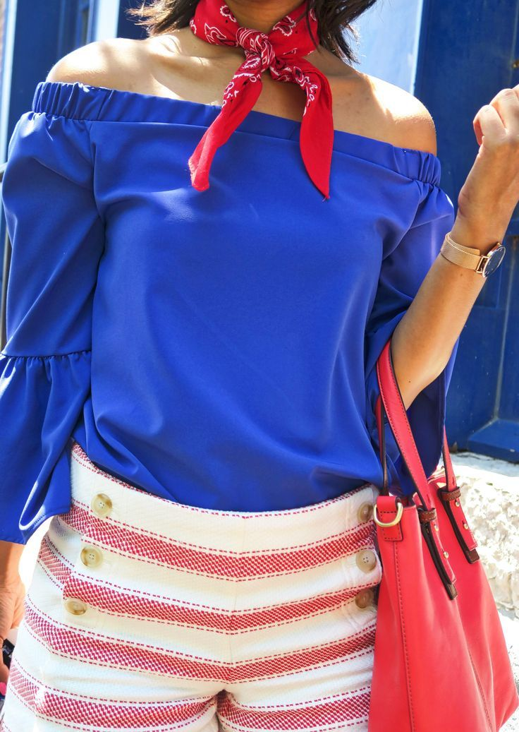 bc545fd862 Blue Bell Sleeve Top   Sailor Shorts    Style blogger