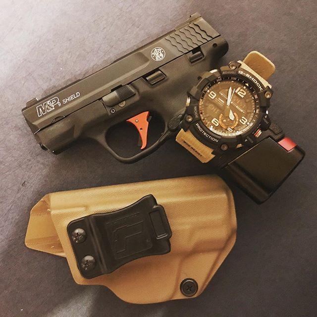 M&P Shield M2.0 9mm/.40 IWB/AIWB Kydex Holster - Profile Holster - Right Hand