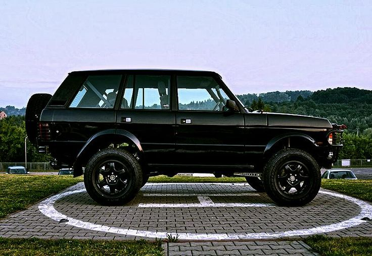 http://www.thegentlemanracer.com/search/label/Land%20Rover