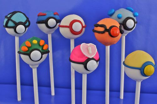 Pokeball Cake Pops...wasn't sure if I should put it under food or things that make me giggle :)