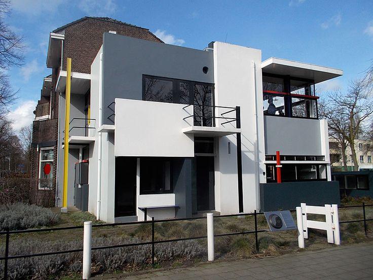 Een stadswandeling door Utrecht langs de hoogtepunten uit het werk van Stijl-icoon Gerrit Rietveld, gecombineerd met een (Groene Wissel) shoptocht.