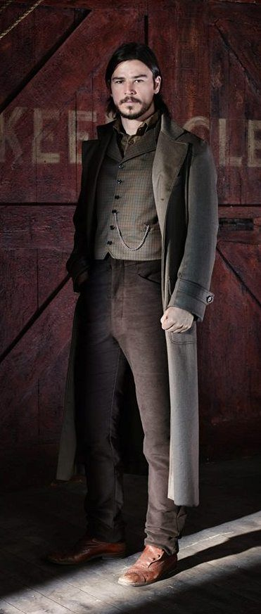 Penny Dreadful, Josh Hartnett as Ethan Chandler Josh gets better with age.