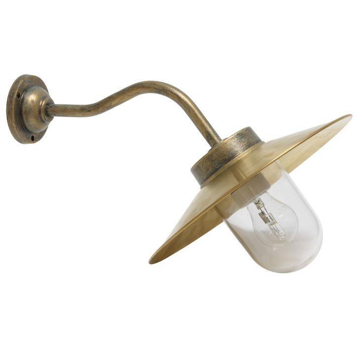 Simple Historische Hofleuchte Schirmleuchte mit Zylinderglas von Terme