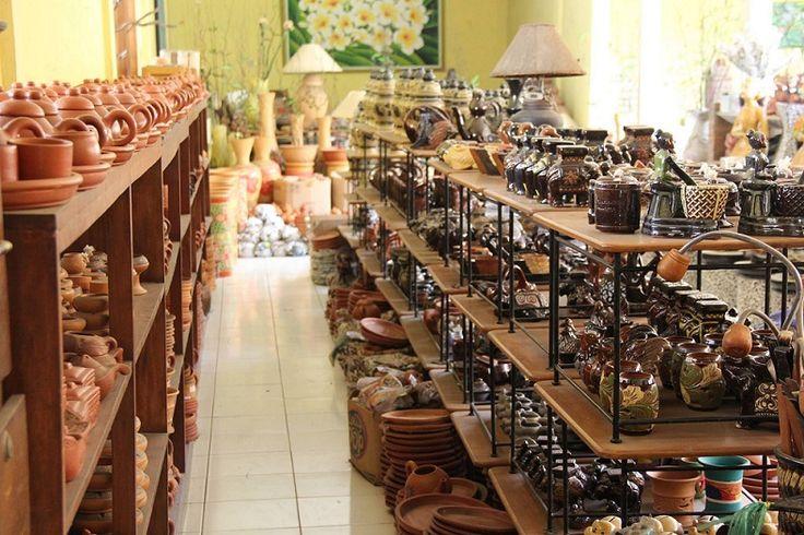 Ceramics Craft at Dinoyo Ceramic Center