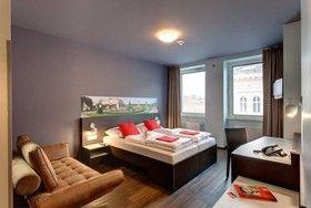 Das Sissi-Zimmer im MEININGER Hotel mitten in der Innenstadt von Wien.