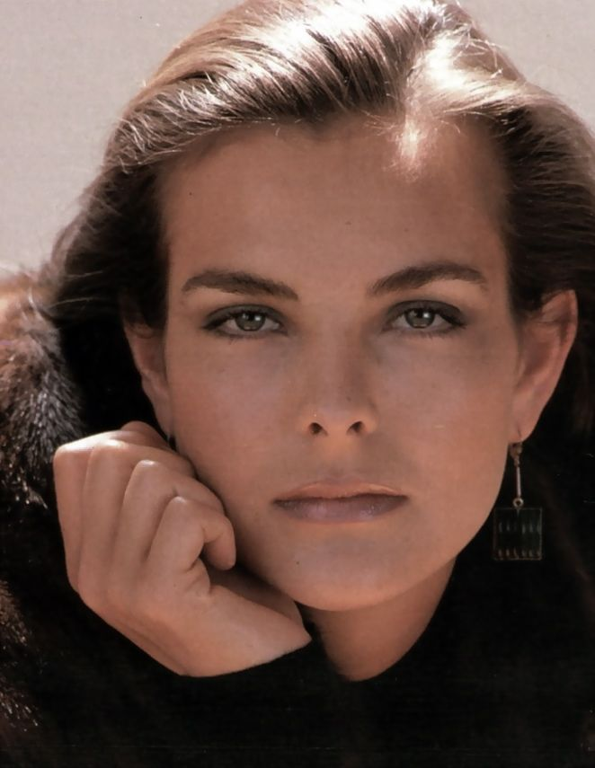 Carole Bouquet est Melina Havelock (1981) - Rien que pour vos yeux (For Your Eyes Only)