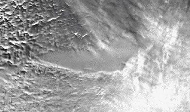 南極の分厚い氷の下にボストーク湖が。その時のレーザーさっと衛生から撮影されたボストーク湖