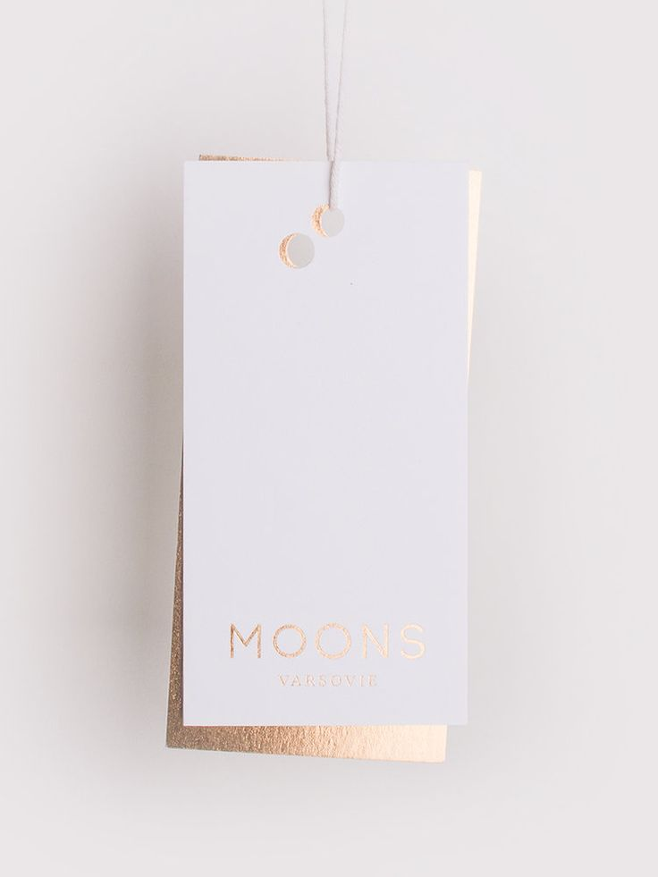 Moons Varsovie by Dmowski & Co. #branding #labels