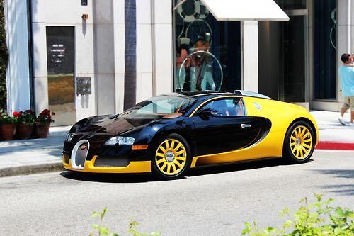 bugati veyron black and yellow dream cars pinterest cars bugatti and dream cars. Black Bedroom Furniture Sets. Home Design Ideas