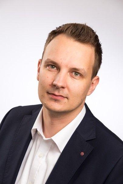 """Joni Kukkamäki: """"Tietojenkäsittely antaa valmiudet tulevaisuuden työlle"""""""