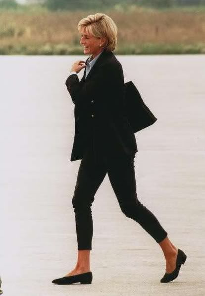 Princess Diana. Casual & classic.  It's a 16 year old photo & looks timeless today.