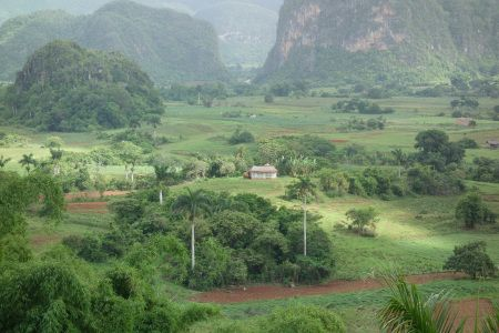 valley of vinales  upintheairblog.com